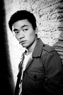 5岁的涂朝明,朋友们都说他长得像《士兵突击》中的男主角许三多....
