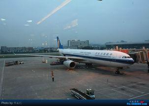 都的8706大晚点,拍张飞北京的CZ333,作为结尾吧,谢谢观赏.