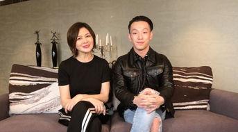 品牌设计总监关之琳小姐及创作总... 上海市商务委员会副主任刘敏女士 ...