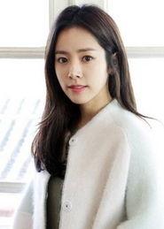 赞她不仅适合穿制服,更是神级的气质校花,毕业于首尔女子大学社会...