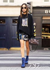 ...搭配衣服图片 欧美街拍最IN示范 -蓝色靴子怎么搭配衣服图片,蓝色...