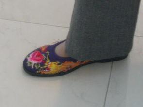 ...HK之三 八双鞋子八件ZARA.....楼梯建好啦