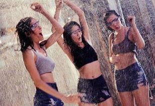 ...视剧 泰国美女张慧敏写真 泰国泼水节湿身派对 爆乳妹湿身诱惑 惊悚...