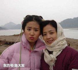 看了刘亦菲妈妈年轻时的照片, 才知道为什么陈金飞会选择杨采钰