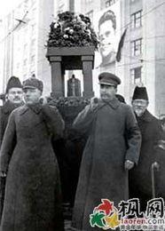 ... 苏共领袖全成叛徒党员半数被抓