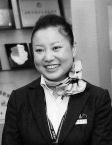 加贺美由贵第三诊察室-新华社记者 陈     在上海浦东机场候机楼的问讯台后,服务员每天都在...