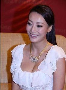 王李丹妮无法跑步,更遭人骚扰-柳岩李湘萧亚轩 因胸部太大惹麻烦的...