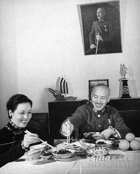 蒋介石5大谜案 蒋宋无真爱 骂英美首脑
