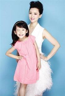 翁虹晒与6岁女儿合照 小公主调皮可爱
