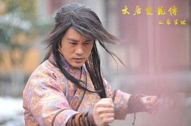 乱世中扬州两个小混混成长为一代大侠的传奇,因为中国家喻户晓的《...
