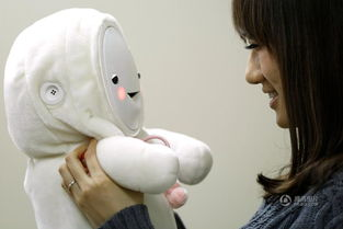 日本为老年人研发 婴儿机器人