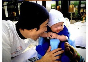 人人玩乡下小骚逼-人民网娱乐讯 韩国女星孙泰英首次公开了丈夫权相佑和儿子Ruk-hui的...