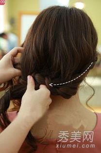 女生如何优雅的将短发留长?