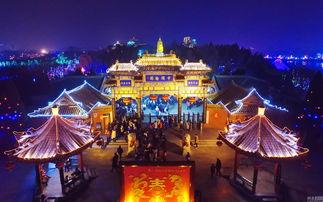 ...,鸟瞰河南开封春节庙会上的灯展.从古至今,元宵赏花灯都是人们...