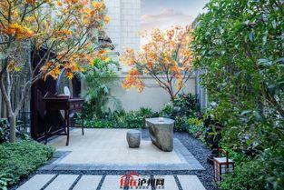 镇天珑-三、超低密   誉墅占地约3.5万㎡,约为天誉珑城整个项目用地的1/4,...