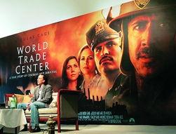 ...拉斯·凯奇出席电影《世贸中心》发布式.-美国9 11国难背后逐渐形...
