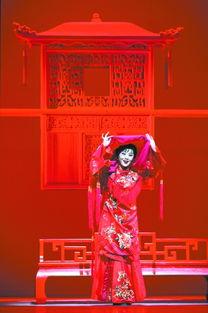 海声围城-让传统聚焦现代   戏曲艺术是中华优秀传统文化的重要组成部分,是传...