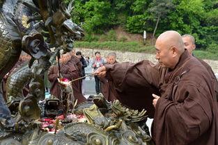 法破九道-愚痴的行为现在很多,有的对我们佛教徒的伤害就更大了.刚才讲了一...