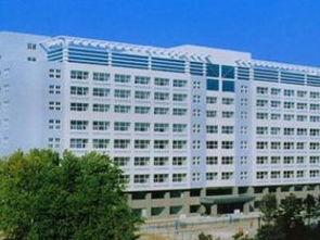 长春理工大学图书馆(西校区)学校同美国、加拿大、俄罗斯、韩国、...