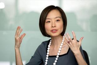 9月5日上午,凤凰卫视美女主持人鲁豫在北京召开了新版《心相约》的...