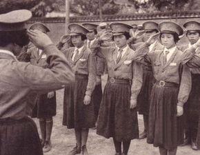 不明年代,沦陷时期南京女警察.(图片来源网络)-沦陷区里的中国...