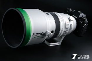 ...一枚大光圈专业长镜头究竟在性能和功能上强大在何处?超过4万元...