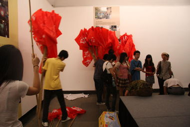 ...的表演,和广美综合美术20位同学一起排练了2,3天-最近忙些啥 三 ...