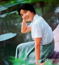...年代,李秀明并没有像其他女明星那样选择出国,而是选择了下海,...