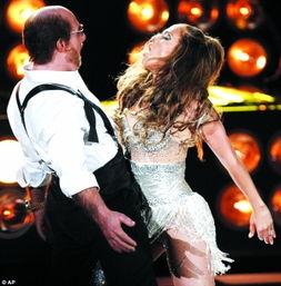 ...热带惊雷》秃头肥佬造型的汤姆·克鲁斯热舞.-欲女 怪女 豪放女 ...