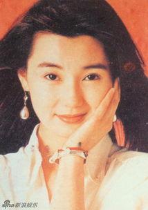 久久一本道综合久久av- 张曼玉是迄今华语影坛获奖最多的电影演员,奖项涵盖十余个国际影展...