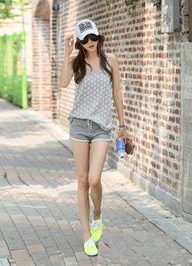 夏季运动鞋搭配方法有哪些 运动鞋搭配短裤图片欣赏