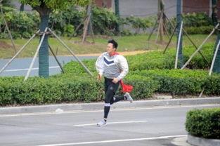 奔跑吧兄弟3 第十期 鹿晗软萌 抗议 横渡长江现Bug 天黑只需15分钟