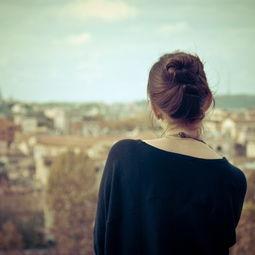 非主流女生背影图片+孤单伤感-唯美伤感背影大图片图片下载