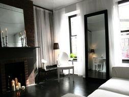 有房色一级片吗-恋上那片白色空间 殿堂级浪漫之假日套房