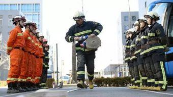 ...能跳的是假绳,消防员 贪吃蛇式 跳绳你见过吗