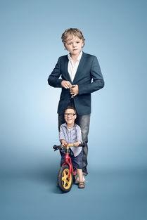 ...大,变成自己的父母一样,德国摄影师Paul Ripke创作的这组名为