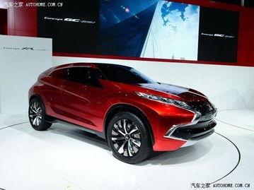 三菱XR-PHEV概念车是一款插电式混合动力紧凑级SUV,采用1.1T涡...