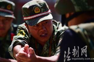 自拍射射网-这仨,是名人,在广东边防乃至全国边防部队尖兵里,皆可谓是著名;...