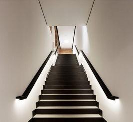 新古典楼梯装饰设计图效果图