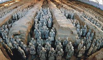 秦皇迷墓-一般有几十米深,大洞套小洞,小洞与支洞相连,附近还出土了秦汉时...