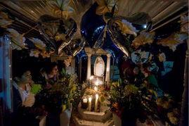 s Day)和万灵节(All Souls Day)相关联.全国各地都会有纪念仪式...
