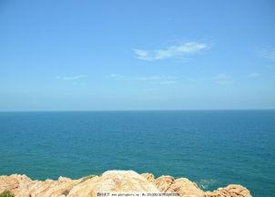 大海大图片海边石头-大海大图片