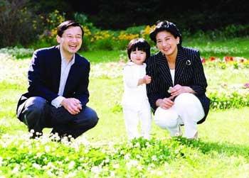 日本名作家最新小说影射太子妃婚前爱情史