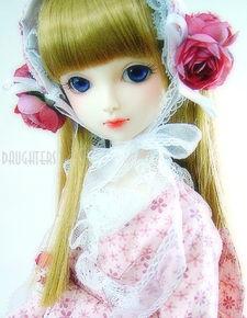 漂亮的SD娃娃