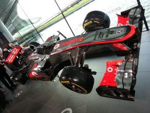 2013款的新赛车MP4-28,他们是... 北京时间是晚上19点,迈凯轮在沃...