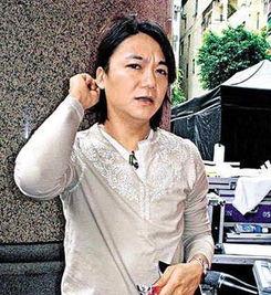 吴国敬(资料图)-歌手吴国敬挥刀恐吓邻居被捕 最高可判入狱5年