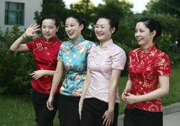 激情五月情色-随着两岸直航的日益临近,期待已久的空姐服装7月1日下午在东航江苏...