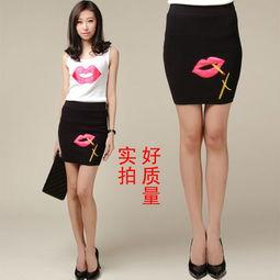 街拍美眉短裙抄底图片