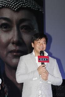...文) 两届香港电影金像奖影后得主惠英红昨天携亚洲小姐郭金共同...