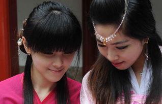 ...好者在福州乌山高爷庙古迹依传统礼仪举行花朝节民俗活动.花神...